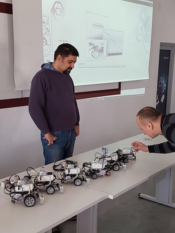 PPG: učimo robotiku