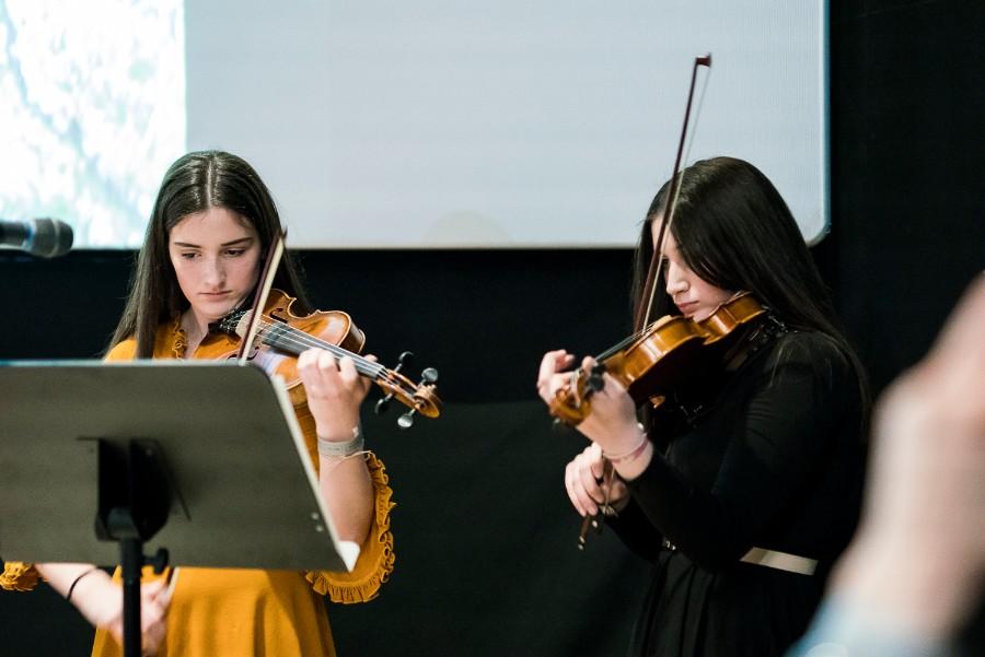 Violinistice, Prva privatna gimnazija
